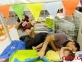 外媒称中国人蹭睡让宜家获得它想要的:仅食品部门就进账百亿