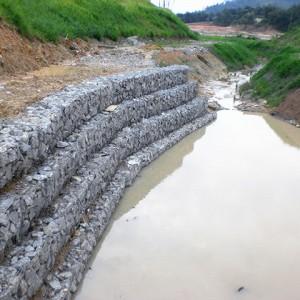 安平道路石笼网厂家-生态石笼网箱-诺华河道格宾石笼网